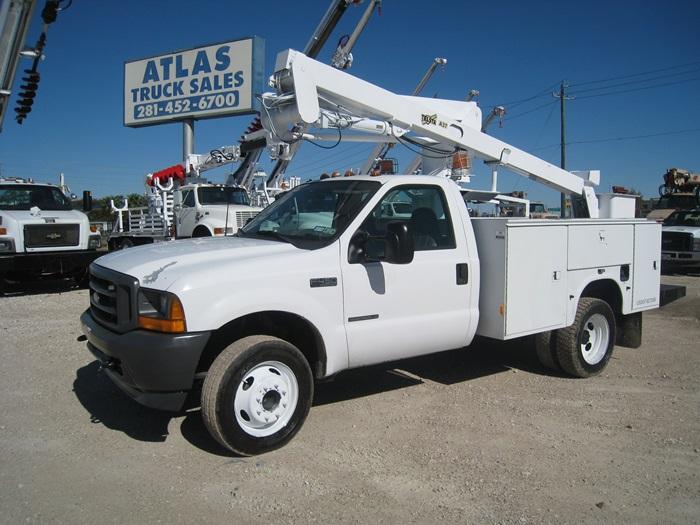 Bucket Truck #9557   Atlas Truck Sales, Inc
