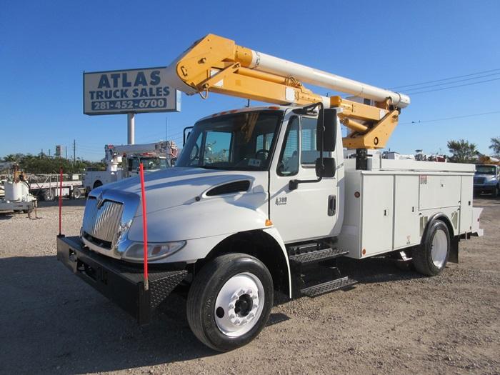 Bucket Truck 8877 Atlas Truck Sales Inc